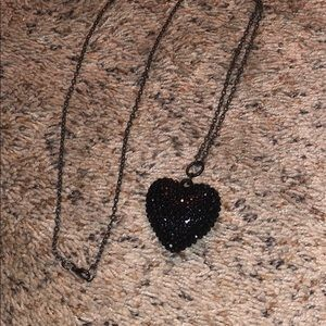 Jewelry - black and Pewter necklace
